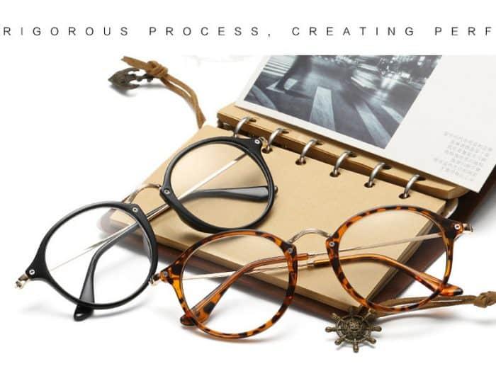 teenage fashionable glasses