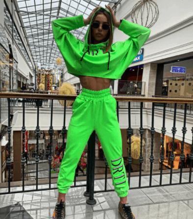 neon green color combination